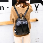 Solid Color Casual Shoulder Bag Ladies Handbag With Bear Accessories (Black)