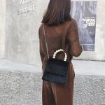 Leisure Fashion Plush Shoulder Bag Messenger Bag Handbag (Black)