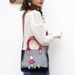 Embroidery Girl and Cat PU Leather Single Shoulder Crossbody Bag Ladies Handbag (Black)