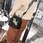 Embroidered Red-crowned Crane Velvet Shell Bag Single Shoulder Bag Ladies Handbag Messenger Bag (Black)