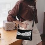 Snakeskin Grain PU Leather Casual Shoulder Bag Messenger Bag Ladies Handbag (Black)