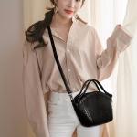 Snakeskin Texture PU Leather Casual Shoulder Bag Messenger Bag Ladies Handbag (Black)
