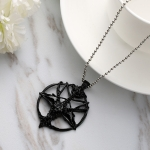 Ancient Literature and Art Skull Sheep Head Necklace Circular Alloy Hanging Decoration (Black)