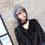 Vintage Personality Women Wool Leopard Print Cap(white)