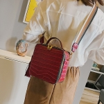 Crocodile Box Style PU Leather Single Shoulder Bag Ladies Handbag Messenger Bag (Red)