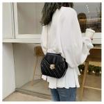 Hexagonal Shape Magnetic Buckle Rhombus Texture PU Leather Single Shoulder Bag Ladies Handbag Messenger Bag (Color:Black Size:L)