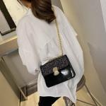 Glitter Magnetic Buckle PU Leather Chain Single Shoulder Bag Ladies Handbag Messenger Bag (Black)