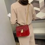 Glitter Magnetic Buckle PU Leather Chain Single Shoulder Bag Ladies Handbag Messenger Bag (Red)