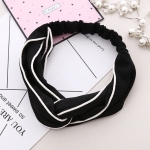 3 PCS Cross Shaped Headbands Striped Women Accessories Fashion Lovely Headwear(Black)