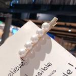 2 PCS Fashion Imitiation Pearl Hair Clip Girls Handmade Pearl Flowers Hairpins(White duckbill clip)