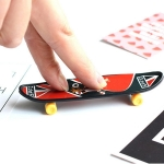 10 PCS Mini Finger Skateboard Creative Fingertip Sports Toys, Random Style Delivery