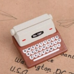 5 PCS Creative Coffee Vintage Wooden Typewriter Photo Card Desk Messege Memo Holder Stand Card Holder(Coffee)