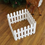 1.6m Christmas Tree Decoration Window Props Wooden Fence (White)