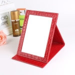 2 PCS Square Stand Leather Make Up Mirror Alligator Pattern Portable Cosmetic Mirror, Color:Red, Size:M15x20.5×1.6CM