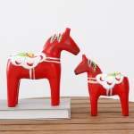 2 PCS Creative Wooden Crafts Painted Red Motor Pull Horse Suit