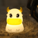Colorful Dull Cow Silicone Night Light Led Creative Dream Bedroom Bedside Patted With Sleeping Lights, Style:USB Charging