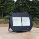 100W Outdoor Waterproof Spotlight Flood Light