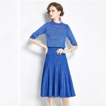 Early Autumn Bright Silk Knitted Simple Temperament Suit + Fashion Pleated Skirt Two-piece Suit (Color:Blue Size:Freesize)