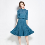 Early Autumn Bright Silk Knitted Simple Temperament Suit + Fashion Pleated Skirt Two-piece Suit (Color:Peacock Blue Size:Freesize)