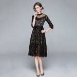 Temperament Stitching Net Yarn Chain Link Lace Dress (Color:Black Size:XXL)