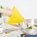 2 PCS Kitchen Tool Cooking Oil Splash And Scald Guard, Style:Wooden shovel version(Yellow)