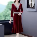 V-neck Embroidered Gold Velvet Slim Wrapped Hip Fishtail Skirt Dress (Color:Red Size:M)